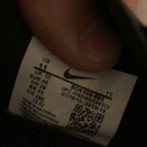 Nike Shoes - Nike react element running shoe